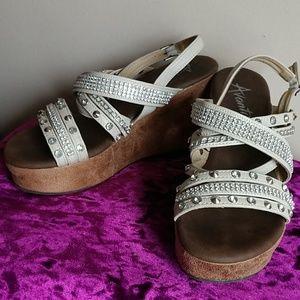 Aventi platform shoes